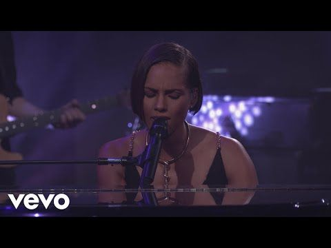 Alicia Keys If I Ain T Got You Live From Itunes Festival