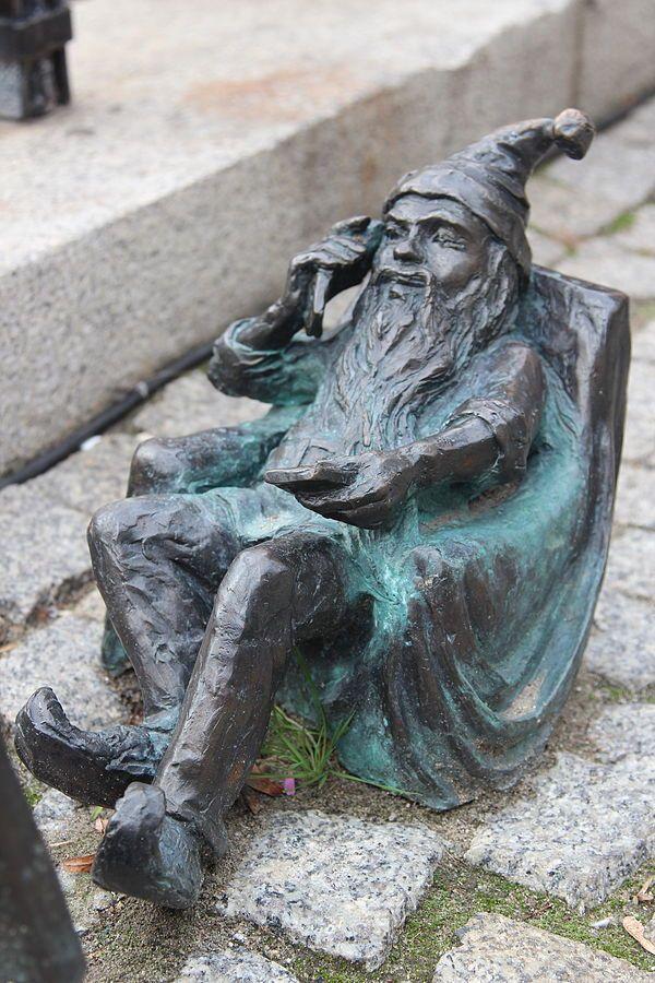 Dialogomir, plac Solny, północno-zachodni narożnik placu; autor: Grzegorz Łagowski