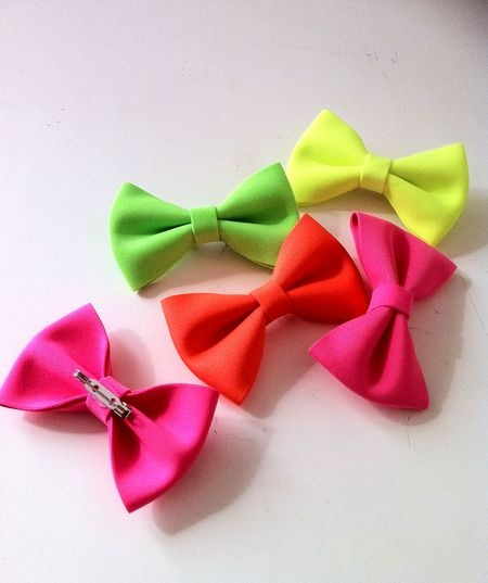fluo bowsHairbows, Bold Inspiration, Fluo Touch, Colors, 2014S Crafts, Neon Bows, Hair Bows, Diy, Crafty Ideas
