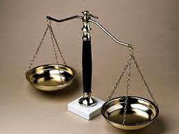 kangyong: 蔡小煒律師 - 規則和法律之間的差異