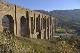 Acquedotto Carolino porta l'acqua alla Reggia, progetto di Vanvitelli (1752) per 38km di condotto! #heritageMW