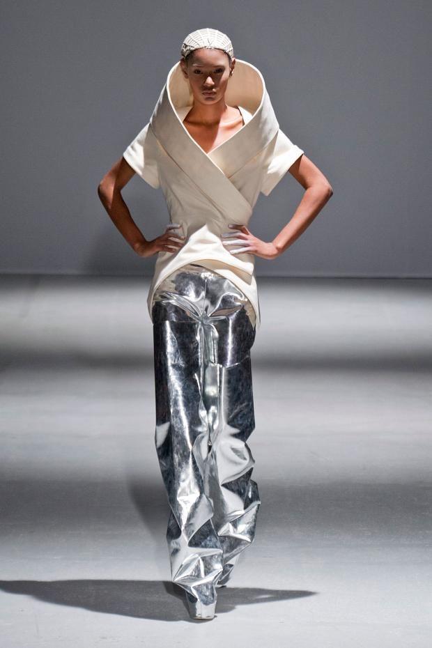 Futuristic Fashion Model Royalty Free Stock Photos: 38 Best Futuristic Clothing Images On Pinterest