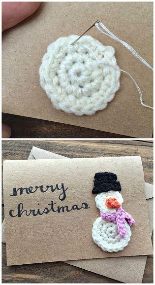 Crochet Snowman Christmas Card Idea (free pattern) | CraftyMorning.com