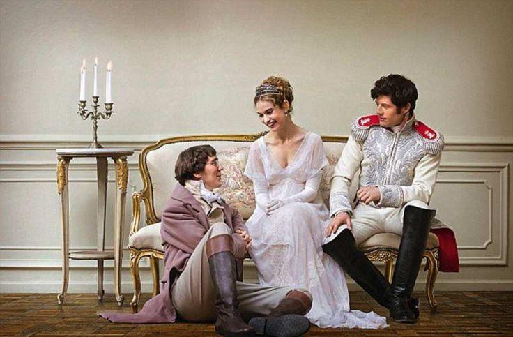 В шестисерийном телесериале «Война и мир» снимались Пол Дано (слева), Лили Джеймс и Джеймс Нортон.
