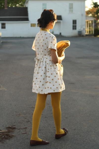 mustard: Mustard Tights, Prints Dresses, Polka Dots, Yellow Tights, Cotton Dresses, Colors Tights, Milk Teeth, Mustard Yellow, Dots Day