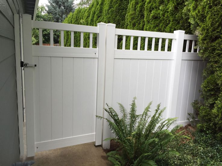 Eco Friendly Ways To Clean A White Vinyl Fence White