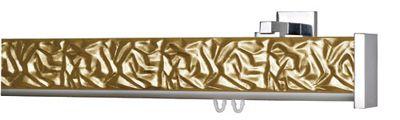 """""""Pergamena"""" è un sistema reggitenda caratterizzato da un profilo in legno rettangolare lavorato e verniciato in diverse finiture. Questo sistema è disponibile sia per applicazioni a soffitto che a parete con supporti di varia lunghezza. Tutti gli accessori sono in alluminio lucido o satinato. Possiamo trovare per questa linea anche le finiture foglia oro, argento e rame che applicate a questo tipo di prodotto contribuiscono a renderlo elegante e prezioso."""