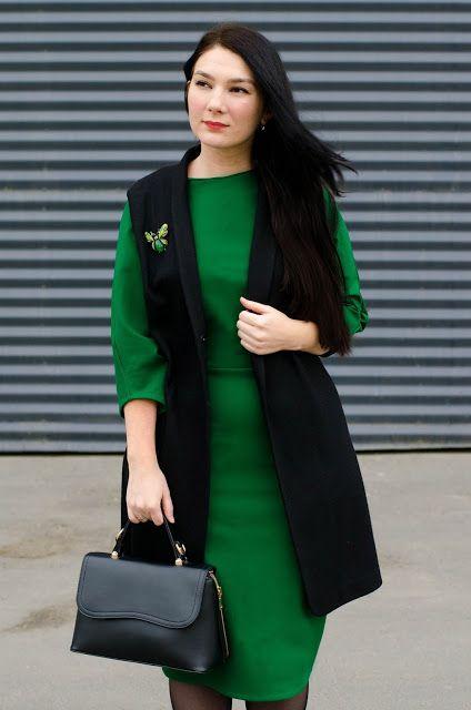 зеленый цвет в одежде, с чем носить зеленое платье