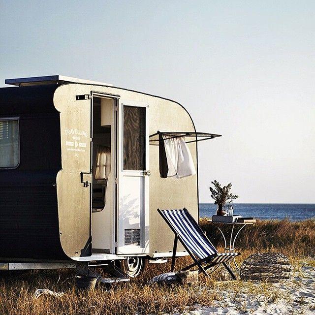 Slap dash holiday in Frankie the caravan starts now!