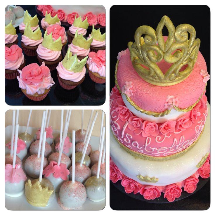 Torta princesas corona Rosas