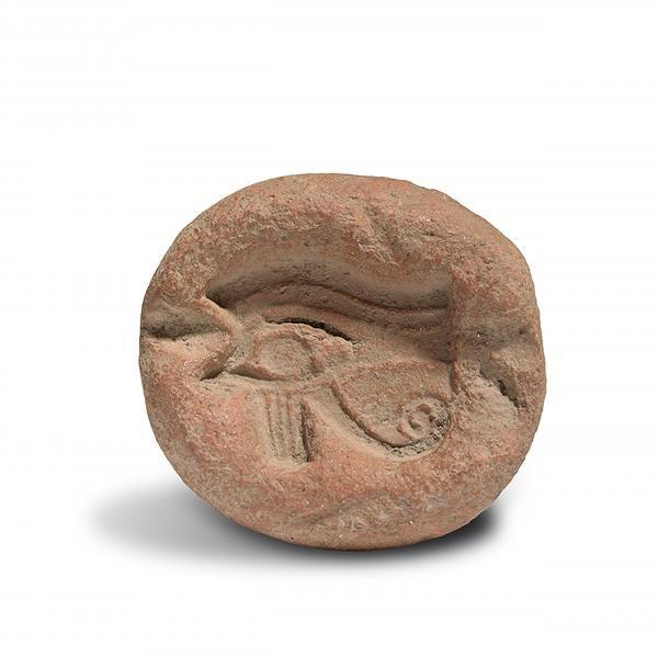 EGYPTE, BASSE ÉPOQUE - Moule à amulette d'oeil Oudjat Terre-cuite Diamètre : 5 [...], Archéologie & Civilisations à Hôtel des Ventes de Monte-Carlo   Auction.fr