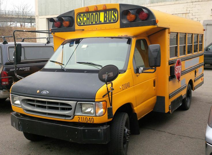 2000 Ford Corbeil Built School Bus Bus School Ford