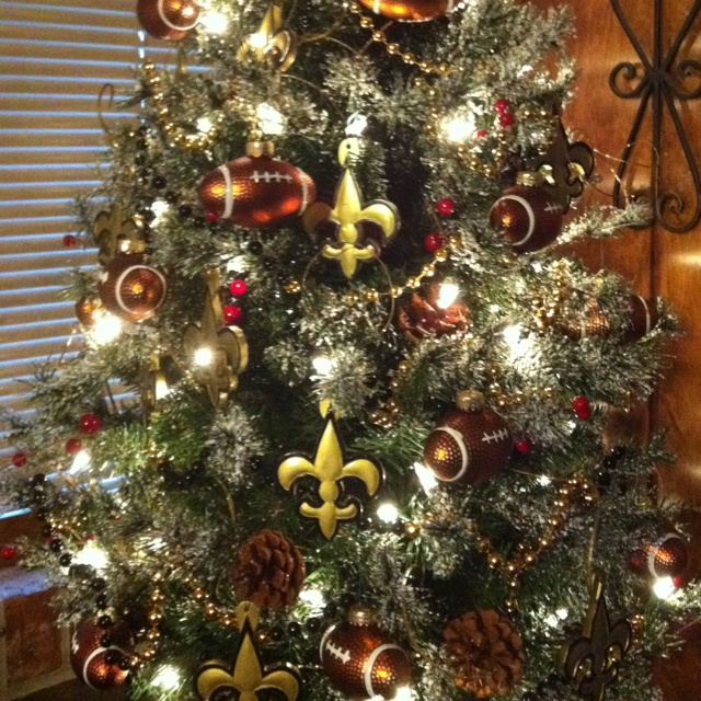 New Orleans Saints tree. Gotta do this next year! | Home | Pinterest ...
