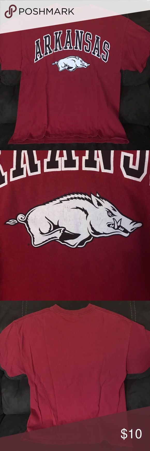 Arkansas Razorbacks Tee Faded red men's size large. Some minor cracking in the design Shirts Tees - Short Sleeve