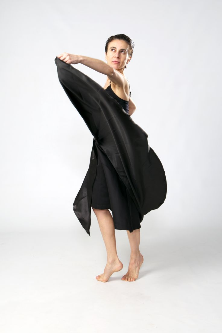 Design/ Skirt LINA.Model/ Dancer Inma Pavon. Photo/ Ankie Janssen.