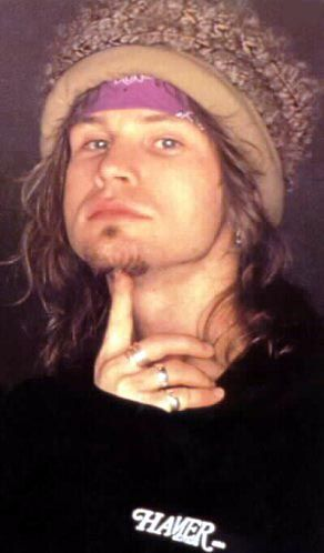 jeff ament: that right there, stupid hat and all put 12 year old Sarah in a hissy. A girl never forgets their first crush:) btw he's bald now and still hot!