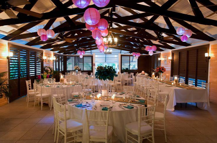 "Dragon Fly restaurant transformed to ""Pink Paris"""