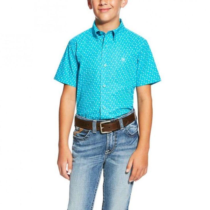 ARIAT BOYS NEVAN SHIRT Denne korte ermet skjorte vil gi deg komfort hele dagen for …   ARIAT BOYS NEVAN SHIRT This short sleeve shirt will provide all day comfort for your boy this summer. $59.95