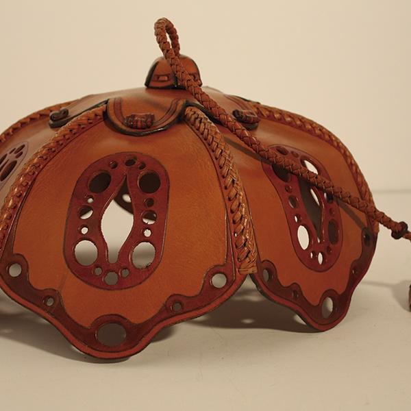#leather # cuero #Lampara de cuero  #artesanía