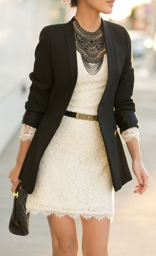 8 tenues stylées pour porter une robe en dentelle