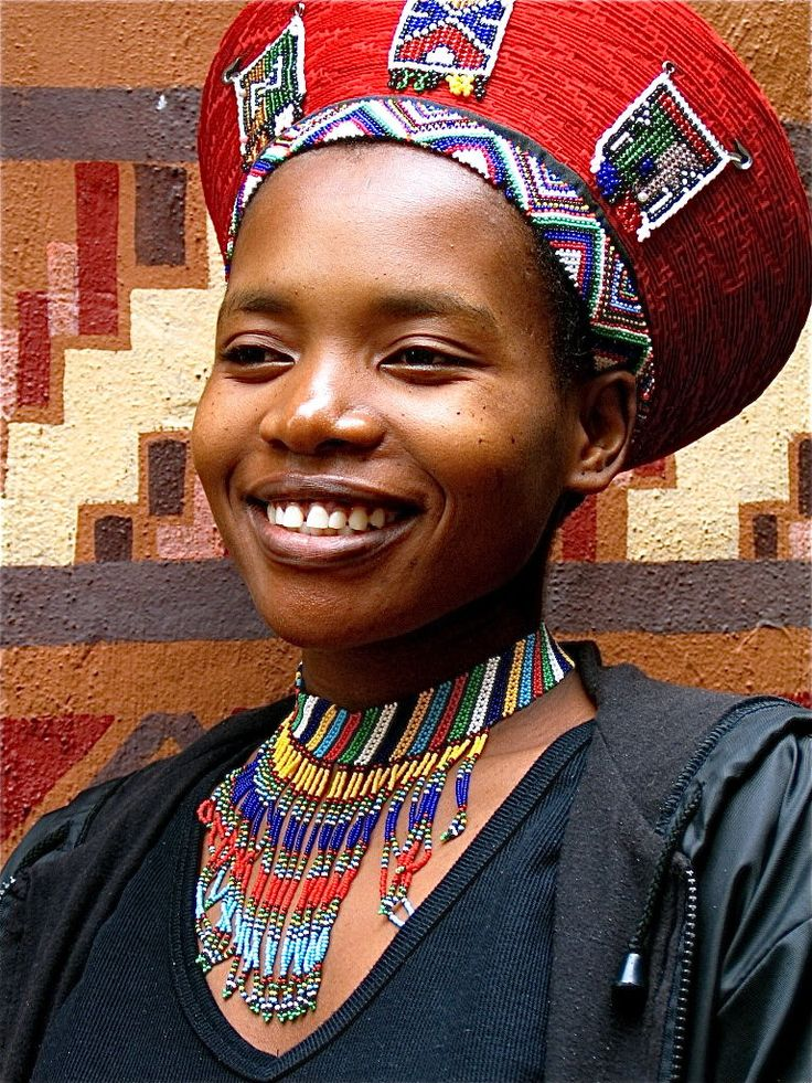 Africa | Portrait of a Zulu woman.  KwaZulu Natal, South Africa | © Kenneth Hieber.