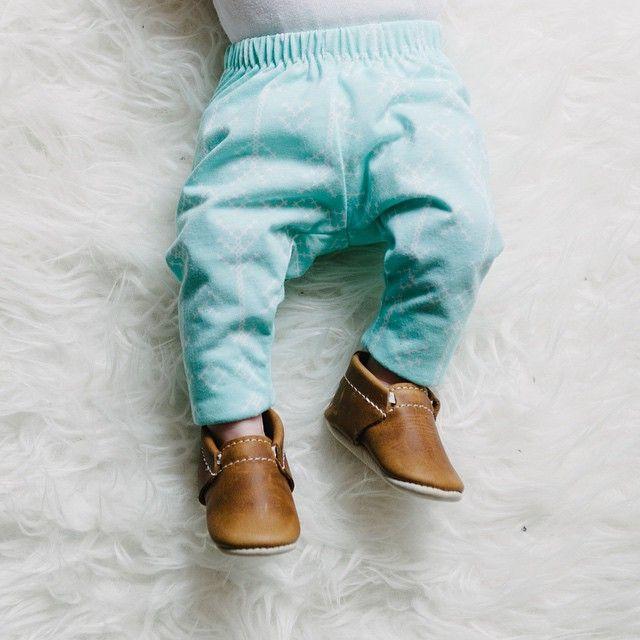 Oak Minimoc shoes