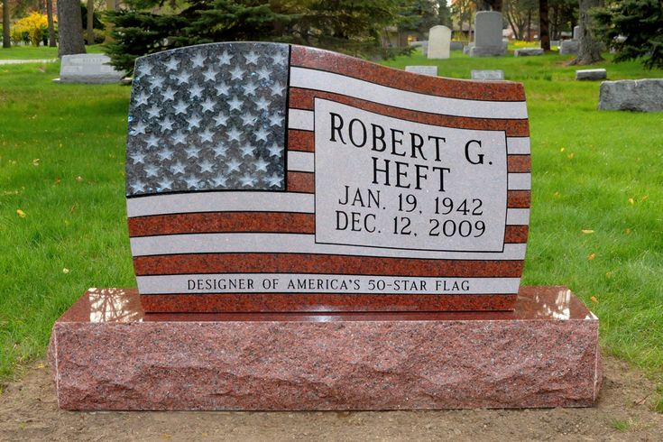Birth: Jan. 19, 1942  Saginaw  Saginaw County  Michigan, USA  Death: Dec. 12, 2009  Saginaw  Saginaw County  Michigan, USA    Folk Figure. He is credited with designing the current 50-star American flag, which was chosen by Congress as the official national flag of the United States on July 4, 1960. Heft's design was part of a high school class project, beginning in 1958, to replace the 48-star flag in anticipation of statehood for the territories of Alaska and Hawaii.