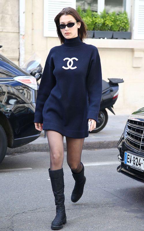 Bella Hadid et sa robe pull Chanel   Fashion and Style   Pinterest ... 8c413494cd8