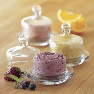 strawberry butter: Butter Dish, English Muffins, Flavored Butter, Butter Recipes, French Toast, Tasti Recipes, Mixed Berries, Nipple, Strawberries Butter