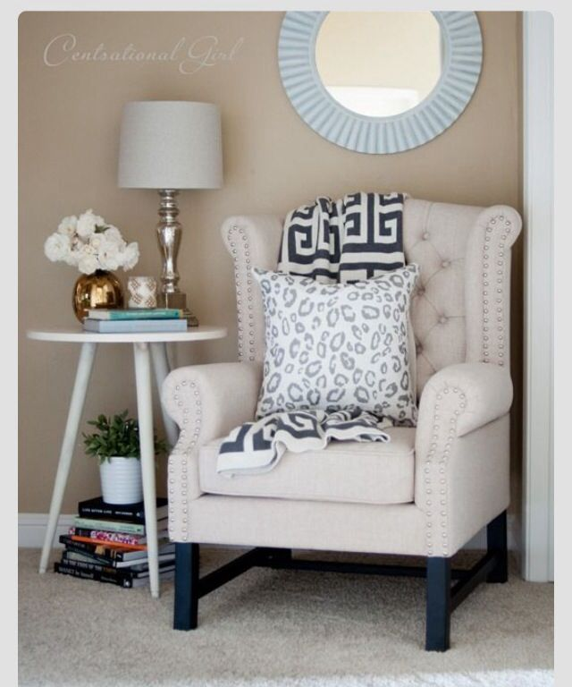 cozy reading chair 17 best cozy corner images on pinterest home ideas 13567 | 6f745e3ab807eb43c48b3eede0fb6427 bedroom reading chair comfy reading chair