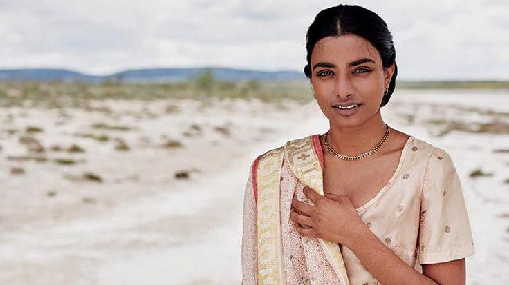 Anandi Gopal Joshi: Woonde: India, 1865-1887  Haar vraag: Waarom kan een vrouw niet een arts?  Aan de gang zijnde erfenis: de eerste Indische vrouw en één van de eerste indianen tot het zoeken van een westerse medische opleiding, ze blijft een bron van inspiratie voor zowel vrouwen en mensen uit de derde wereld tot op de dag
