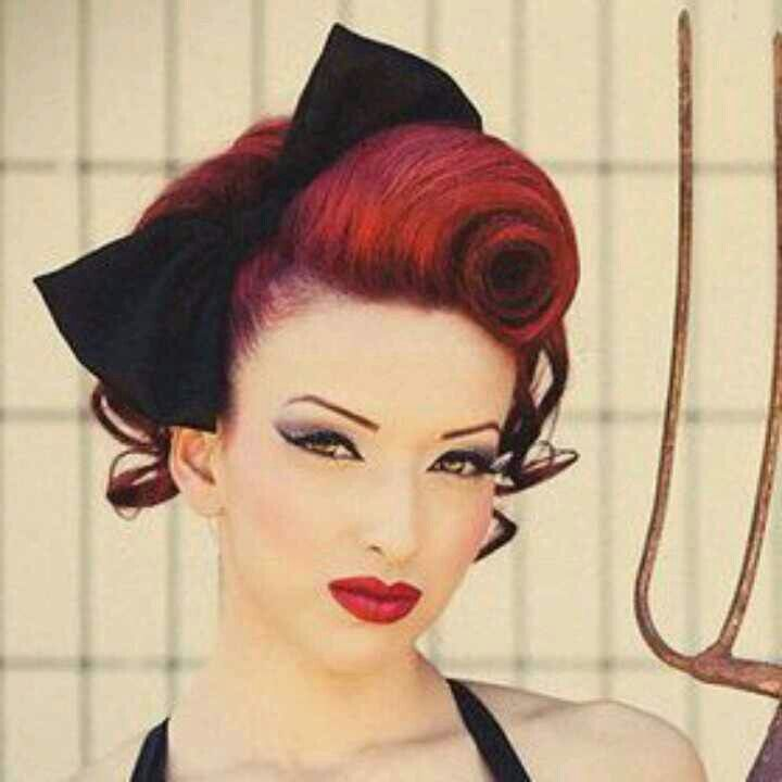 rockabilly victory roll hairstyles to try pinterest victory rolls rockabilly and watches. Black Bedroom Furniture Sets. Home Design Ideas