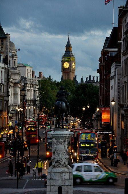Dusk, Trafalgar Square, London, England