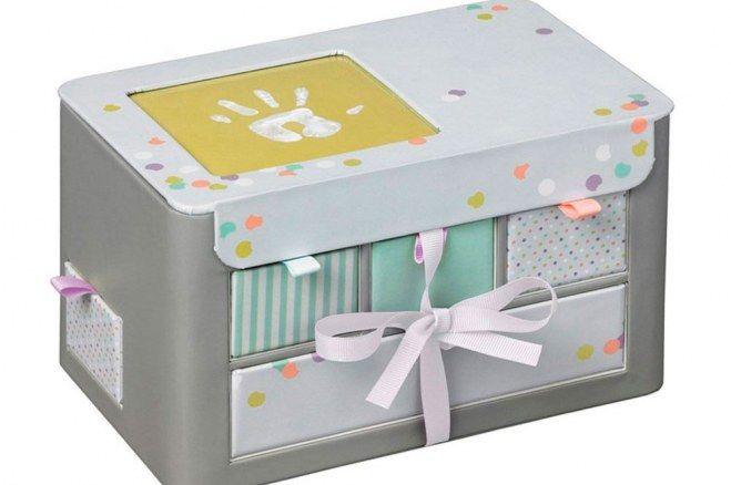 notre s lection de cadeaux de no l pour une femme enceinte no l et album. Black Bedroom Furniture Sets. Home Design Ideas