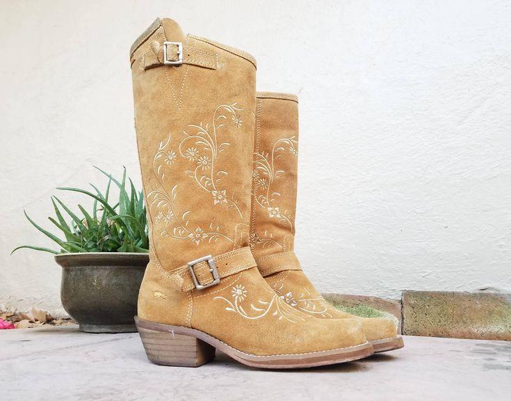 Vintage Womens 8.5 Rocket Dog Tan Brown Suede Leather Riding Campus Roper Boots  Boot Tall Pull On  Bohemian Hippie 90s Biker Embroidereed by Ramenzombie on Etsy