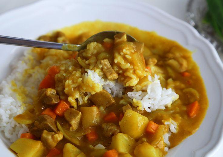 Korean-style curry rice (Kare rice) recipe - Maangchi.com