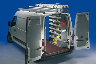Officina Mobile Store Van per Renault Master con portatutto e porta scala