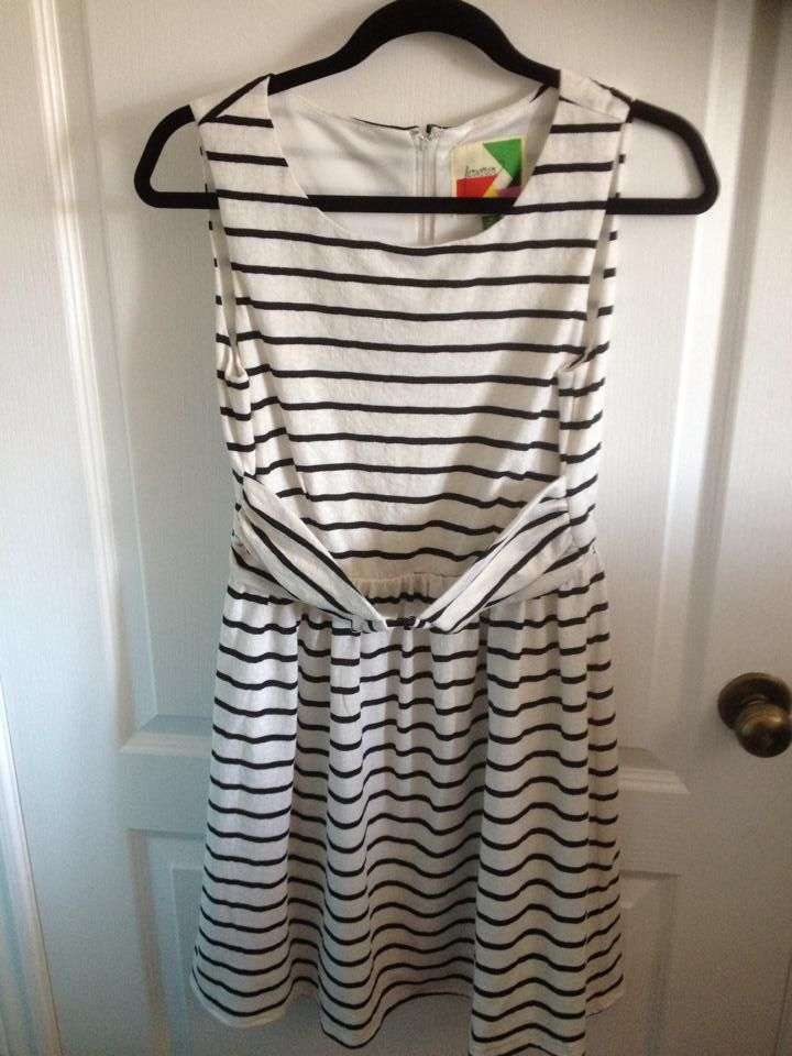 Fervour dress, size medium. 20$ + shipping.