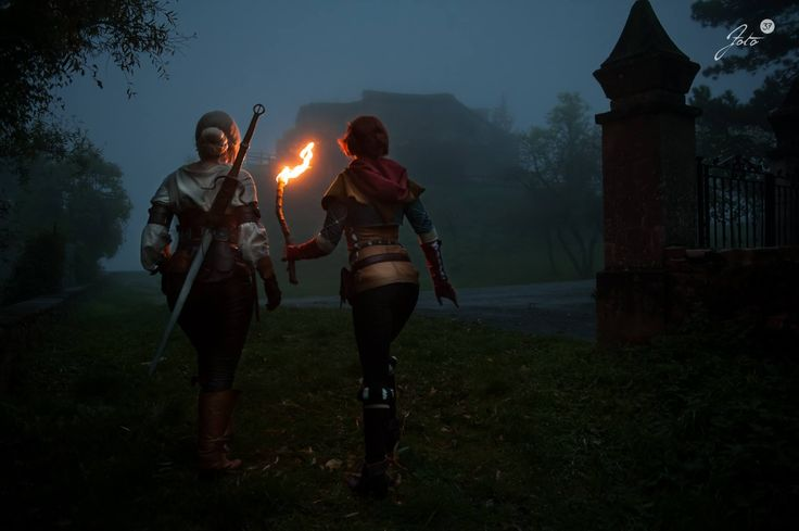 Ciri and Triss Merigold cosplays, from the witcher series. Ciri by Timeforlemontea https://nb-no.facebook.com/timeforlemontea  Triss merigold by Santatory https://www.facebook.com/SantatoryCosplay Photography by foto37 https://www.facebook.com/fototrentasette/