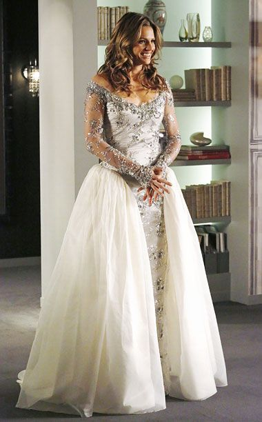 "Wedding Gown for Kate Beckett Unknown designer at this juncture.  Photo from 'Castle' television show, episode, 2/3/2014 ""Dressed to Kill""."