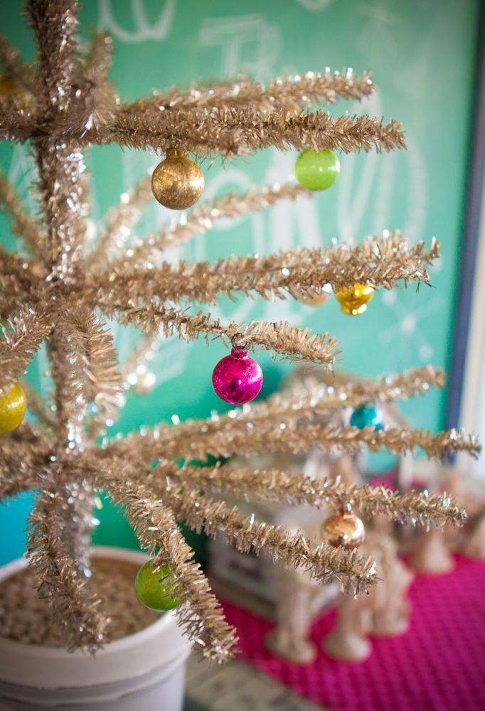 Gorgeous Christmas decorations from the talented Meg Duerksen. You must see the rest of the photos! So inspiring!
