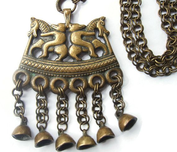 Vintage bronze Kalevala Koru Finnish pendant necklace, two riders, horses and bears, Finland traditional Nordic mythology figures. https://www.etsy.com/listing/244657947/vintage-bronze-kalevala-koru-finnish