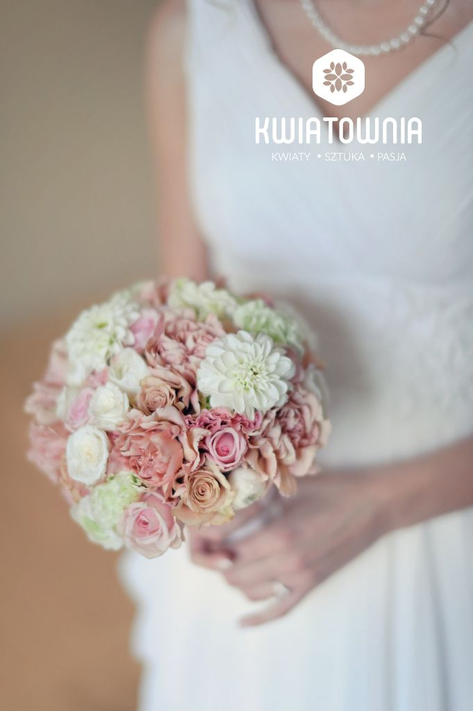 #kwiatownia #bouquet #bridal #bride #bridesmaid #slub #wesele #bridalbouquet #flowers #flowerinspirations #inspirations #weedingday #floral #art #design