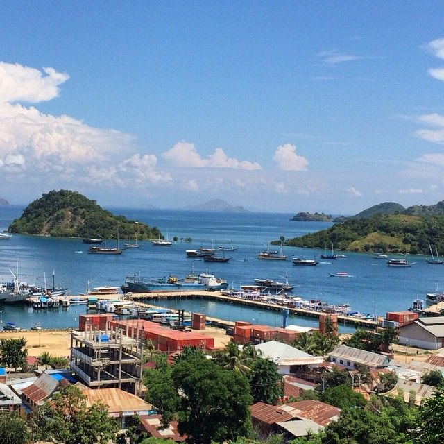 Welcome to labuanbajo to all sailing komodo trip participants 1-4 May 2015, enjoy your trip #kakabantriptokomodo #labuanbajo #komodoflores #komodotrip #komodoisland