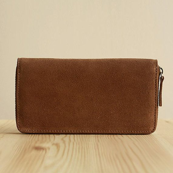 【Material】: high quality yak wool leather 【Color】: dark brown 【Size】: H: 10.5 CM/L: 19 CM