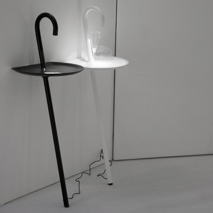Clochard a new #space-saving solution: not only #lamp but also #table, trays and bedside table
