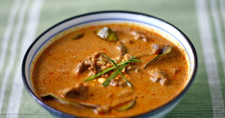 Panang Curry with Beef: Yields 3-4 servings  Ingredients:    1 cup coconut milk   2 tablespoons panang curry paste   2 tablespoon...