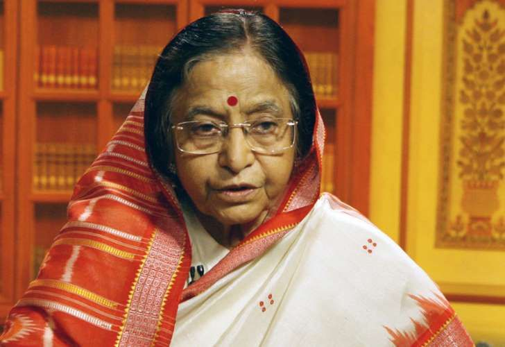 An Indian politician who served as the 12th President of India from 2007-2012, and setting the record of being the first woman to hold such a prestigious office. A member of the Indian National Congress, she is a devoted mother and a dutiful wife.: Pratibha Patilratibha Devisingh Patil