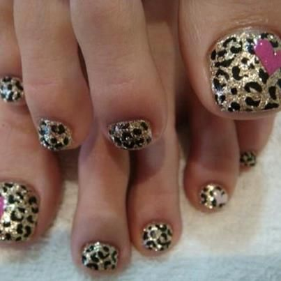 "Love this nail print and will try - See tomorrow's submission to ""NAILED IT!!!!"" hahaha"