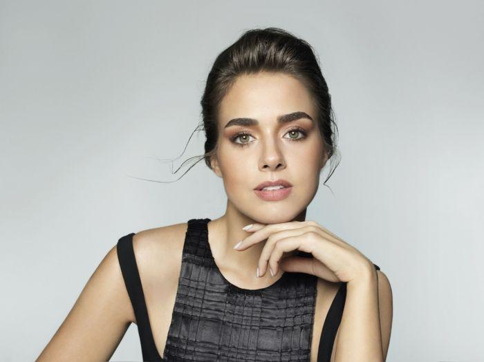 dezentes make up bensu soral make up guru schöne schauspielerin aus der türkei schminke vorbild immer stilvoll